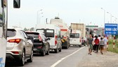 BOT Ninh Lộc phải xả trạm sau gần 30 phút kẹt xe nghiêm trọng