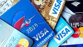 15 years old persons permitted to use credit cards