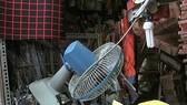 Câu mắc dây điện tùy tiện, dễ sinh ra sự cố điện