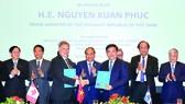 Thủ tướng Nguyễn Xuân Phúc chứng kiến trao bản ghi nhớ hợp tác giữa doanh nghiệp 2 nước