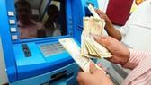 Ấn Độ điều tra băng nhóm quốc tế trộm tiền từ ATM