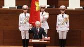 Tân Chủ tịch nước Nguyễn Phú Trọng tuyên thệ nhậm chức. Ảnh: VGP