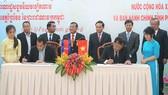 Lãnh đạo hai tỉnh Tây Ninh và Prey Veng (Campuchia) ký kết thỏa thuận hợp tác