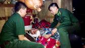 Bộ đội Biên phòng Hà Tĩnh kịp thời ứng cứu ngư dân bị nạn trên biển
