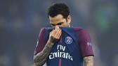 Hậu vệ Dani Alves cực kỳ đau đớn khi không thể dự World Cup 2018. Ảnh: Goal