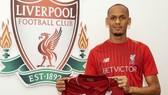 """Liverpool đã """"phát pháo lệnh"""" bằng thương vụ Fabinho."""