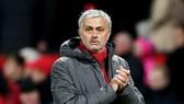 HLV Jose Mourinho vẫn ưu tiên xây xựng nền tảng vững chắc cho đội hình Man.United. Ảnh: Getty Images