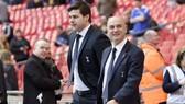 Chủ tịch Daniel Levy (phải) và Mauricio Pochettino có thỏa thuận riêng. Ảnh: Getty Images