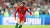 Ronaldo thiết lập kỷ lục chưa từng có ở tuổi 33. Ảnh Getty Images