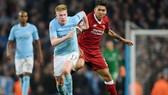 Jurgen Klopp không cho rằng Man.Ciy mất Kevin De Bruyne (trái) là lợi thế cho Liverpool. Ảnh: Getty Images