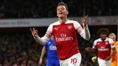 Mesut Oezil đã tìm lại bản năng của một ngôi sao tấn công đẳng cấp. Ảnh: Getty Images