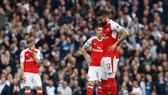 Nỗi thất vọng của Olivier Giroud và đồng đội tại Arsenal.