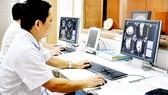 Việc ứng dụng công nghệ thông tin giúp nhiều bệnh viện nâng cao hiệu quả  hoạt động, người bệnh được hưởng lợi