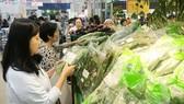 Hiện nay, nhiều siêu thị đã bán rau củ quả có truy xuất nguồn gốc