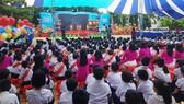 Chương trình văn nghệ chào mừng Trường Tiểu học Lê Văn Việt quận 9 được công nhận Chuẩn quốc gia mức độ II
