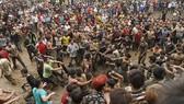 Tạm dừng tổ chức lễ hội nếu gây hoang mang cho nhân dân