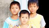 Nỗi đau gia đình có 3 con mắc bệnh lạ