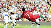 Pha ghi bàn đẹp mắt của Ronaldo vào lưới Đảo Faroe hồi giữa tuần qua