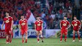 Nỗi buồn của các cầu thủ HA.GL sau trận đấu với CLB Hà Nội