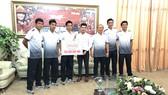 Sau khi tặng nửa tỷ đồng cho đội tuyển Olympic Việt Nam, Đăng Quang Watch tung khuyến mại tới 30%