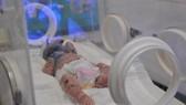 Bệnh nhi N.H.H đang được tích cực điều trị tại Bệnh viện Nhi đồng Đồng Nai