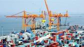 Kim ngạch xuất khẩu tiếp tục duy trì đà xuất siêu