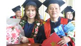 SV ngành Dược học rạng rỡ trong ngày tốt nghiệp