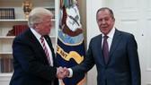 Donald Trump gặp Bộ trưởng Ngoại giao Nga Sergei Lavrov vào tuần trước