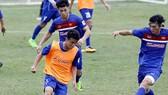 Các cầu thủ U.22 hăng say tập luyện chờ trận đấu với U.20 Argentina