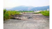 Cảnh hoang tàn ở khu dân cư lấn biển Quảng Hồng, TP Cẩm Phả, Quảng Ninh