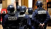 Pháp tăng cường an ninh sau các vụ bạo lực ở Calais