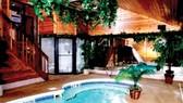 Hồ bơi khách sạn và an toàn vệ sinh