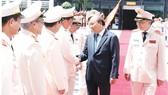 Thủ tướng Nguyễn Xuân Phúc dự Hội nghị triển khai Nghị định 01 của Chính phủ  quy định chức năng, nhiệm vụ, quyền hạn và tổ chức bộ máy của Bộ Công an;  sơ kết công tác  6 tháng đầu năm 2018   Ảnh: TTXVN