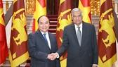 Thủ tướng Nguyễn Xuân Phúc và Thủ tướng Sri Lanka Ranil Wickremesinghe - Ảnh: VGP