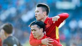Công Phượng và Quang Hải hứa hẹn sẽ tỏa sáng ở V-League 2018. Ảnh: ANH KHOA