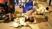 Lao xe trực diện, đánh và đòi chém CSGT