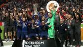 Các cầu thủ Manchester United hân hoan với danh hiệu vô địch Europa League 2017. Ảnh: Daily Mail