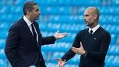 Pep Guardiola muốn gì, Khaldoon Al Mubarak (trái) sẽ đáp ứng