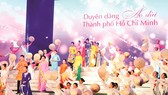 Trình diễn áo dài trong Lễ hội Áo dài TPHCM năm 2018 . Ảnh: CAO THĂNG