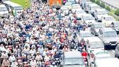 Ùn tắc giao thông, một trong các vần đề phải giải quyết được
