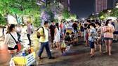 Truy quyét hàng rong trên phố đi bộ Nguyễn Huệ