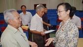 Chủ tịch HĐND TPHCM Nguyễn Thị Quyết Tâm trao đổi với cử tri quận Thủ Đức