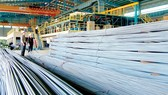 Sản xuất thép của Việt Nam có thể bị liên lụy khi Hoa Kỳ áp thuế cao đối với hàng hóa, sắt thép từ Trung Quốc và các sản phẩm thép Trung Quốc được gắn mác Việt