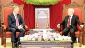 Tổng Bí thư Nguyễn Phú Trọng tiếp Chủ tịch Hạ viện Australia Tony Smith thăm chính thức Việt Nam. Ảnh: TTXVN