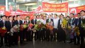 Bộ GD-ĐT đón đoàn dự thi Olympic Hóa học và Vật lý chiến thắng trở về
