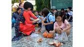 Ngày hội khui heo đất cuối năm học 2017-2018 của Trường Tiểu học Nguyễn Văn Triết (quận Thủ Đức)