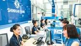Sức ép ngân hàng nước ngoài