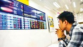 Thị trường chứng khoán: Trở chứng bất kham, rủi ro thua lỗ