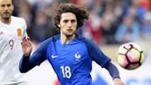 Adrien Rabiot từ chối chơi dự bị ở tuyển Pháp.