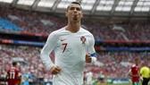 Cristiano Ronaldo ăn mừng bàn thắng